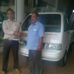Foto Penyerahan Unit 1 Sales Marketing Dealer Mobil Suzuki Pati Ryan