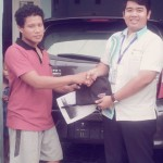 Foto Penyerahan Unit 12 Sales Marketing Dealer Mobil Daihatsu Cibitung Dea Pradita, S.Pd - - MobilNewCom