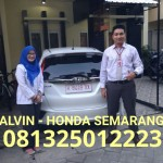 foto-penyerahan-unit-15-sales-marketing-mobil-dealer-honda-semarang-alvin