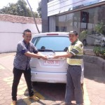 Foto Penyerahan Unit 6 Sales Marketing Dealer Mobil Suzuki Pati Ryan