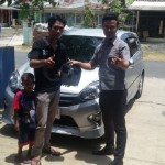 foto-penyerahan-unit-6-sales-marketing-mobil-dealer-toyota-purbalingga-januar-citra