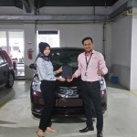 Foto Penyerahan Unit 8 Sales Marketing Mobil Dealer Nissan Ardy