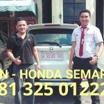 foto-penyerahan-unit-9-sales-marketing-mobil-dealer-honda-semarang-alvin