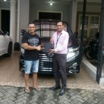 Foto Penyerahan Unit 9 Sales Marketing Mobil Dealer Nissan Ardy