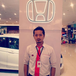sales-marketing-mobil-dealer-honda-tangerang-anton
