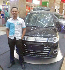 Sales Marketing Mobil Dealer Suzuki Sidoarjo Robby