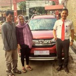 Foto Penyerahan Unit 1 Sales Marketing Mobil Dealer Honda Kuningan Eko