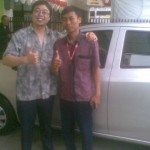 Foto Penyerahan Unit 2 Sales Marketing Mobil Dealer Daihatsu Sumedang Dian