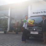 Foto Penyerahan Unit 2 Sales Marketing Mobil Dealer Suzuki Indramayu Saeful Anwar