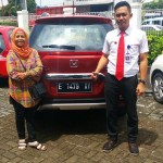 Foto Penyerahan Unit 4 Sales Marketing Mobil Dealer Honda Kuningan Eko
