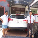 Foto Penyerahan Unit 7 Sales Marketing Mobil Honda Gresik Bayu Krisdianto