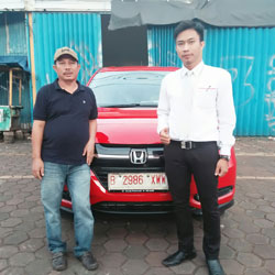 Sales Marketing Mobil Dealer Honda Fatmawati Dimas