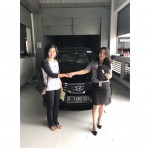 Foto Penyerahan Unit 1 Sales Marketing Mobil Dealer Datsun Idah