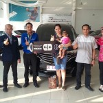 Foto Penyerahan Unit 13 Sales Marketing Mobil Dealer Mazda Makassar Syahrir