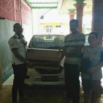 Foto Penyerahan Unit 3 Sales Marketing Mobil Dealer Datsun Kediri Sandi