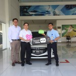 Foto Penyerahan Unit 5 Sales Marketing Mobil Dealer Mazda Medan Chandra Putra