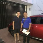 Foto Penyerahan Unit 5 Sales Marketing Mobil Mazda Budi