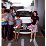 Foto Penyerahan Unit 6 Sales Marketing Mobil Dealer Datsun Idah