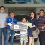 Foto Penyerahan Unit 6 Sales Marketing Mobil Dealer Mazda Medan Chandra Putra
