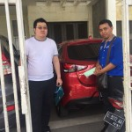 Foto Penyerahan Unit 6 Sales Marketing Mobil Mazda Budi
