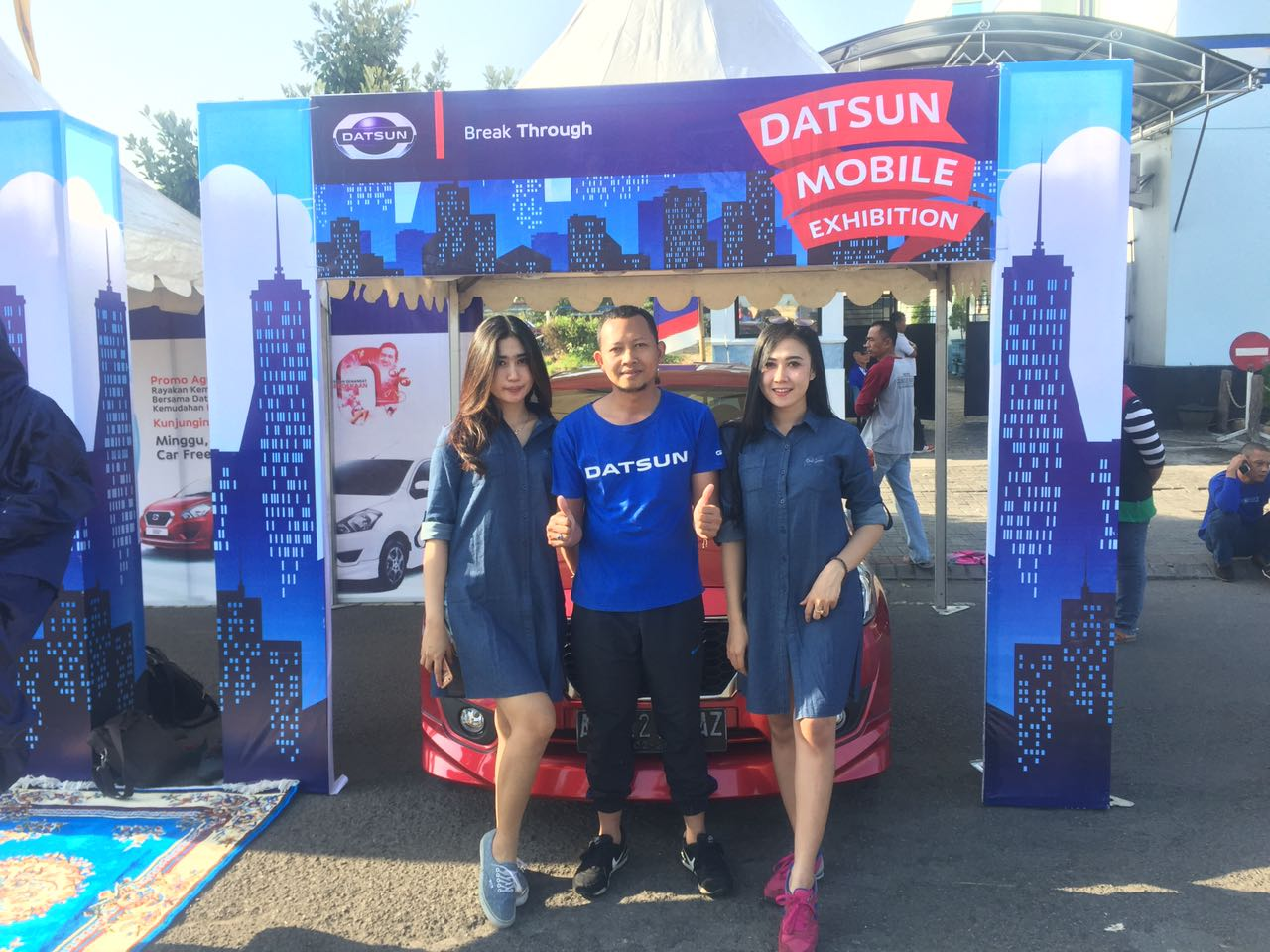 Sales Marketing Mobil Dealer Datsun Kediri Sandi