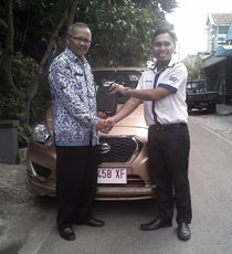 Sales Marketing Mobil Dealer Datsun Solo Mekie Muktafi