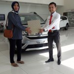 Foto Penyerahan Unit 13 Sales Marketing Mobil Dealer Honda Padang Jaya