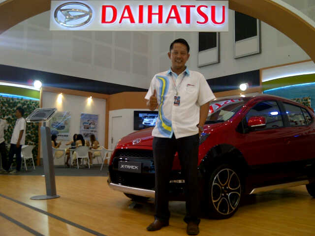 Sales Marketing Mobil Dealer Daihatsu Gresik Yudhi