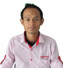 sales-marketing-mobil-dealer-nissan-mojokerto-zacky