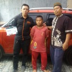 Foto Penyerahan Unit 2 Sales Marketing Mobil Dealer Suzuki Kalimalang Endang