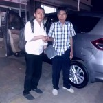 Foto Penyerahan Unit 7 Sales Marketing Mobil Dealer Suzuki Kalimalang Endang