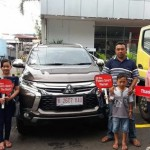 DO 5 Sales Marketing Mobil Dealer Mitsubishi Dwi