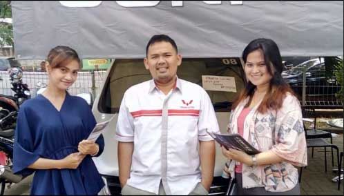 Sales Marketing Mobil Dealer Wuling Sony