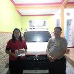 Foto Penyerahan Unit 6 Sales Marketing Mobil Toyota Erna