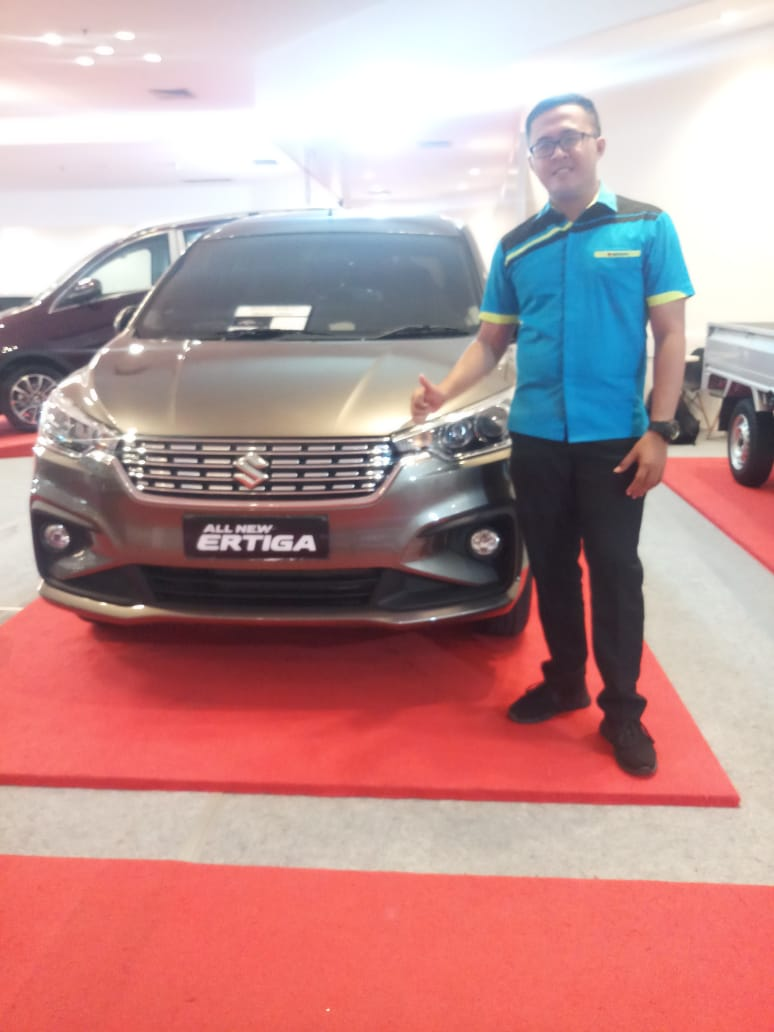 Sales Marketing Mobil Dealer Suzuki Danny