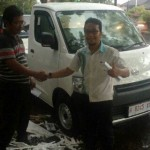 Foto Penyerahan Unit 2 Sales Marketing Mobil Dealer Daihatsu Pati Arif