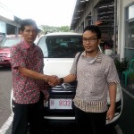 Foto Penyerahan Unit 5 Sales Marketing Mobil Dealer Daihatsu Pati Arif