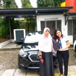 Foto-Penyerahan-Unit-5-Sales-Marketing-Mobil-Ela