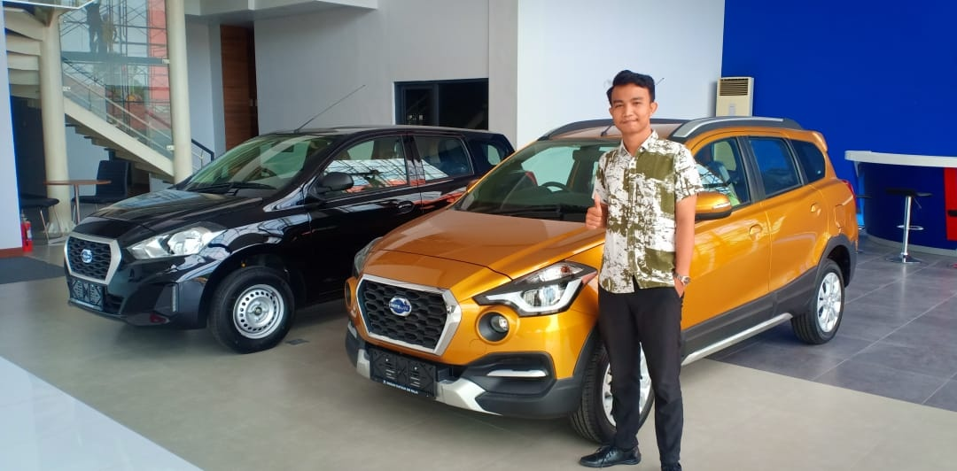 Sales Marketing Mobil Dealer Datsun Afriyanto