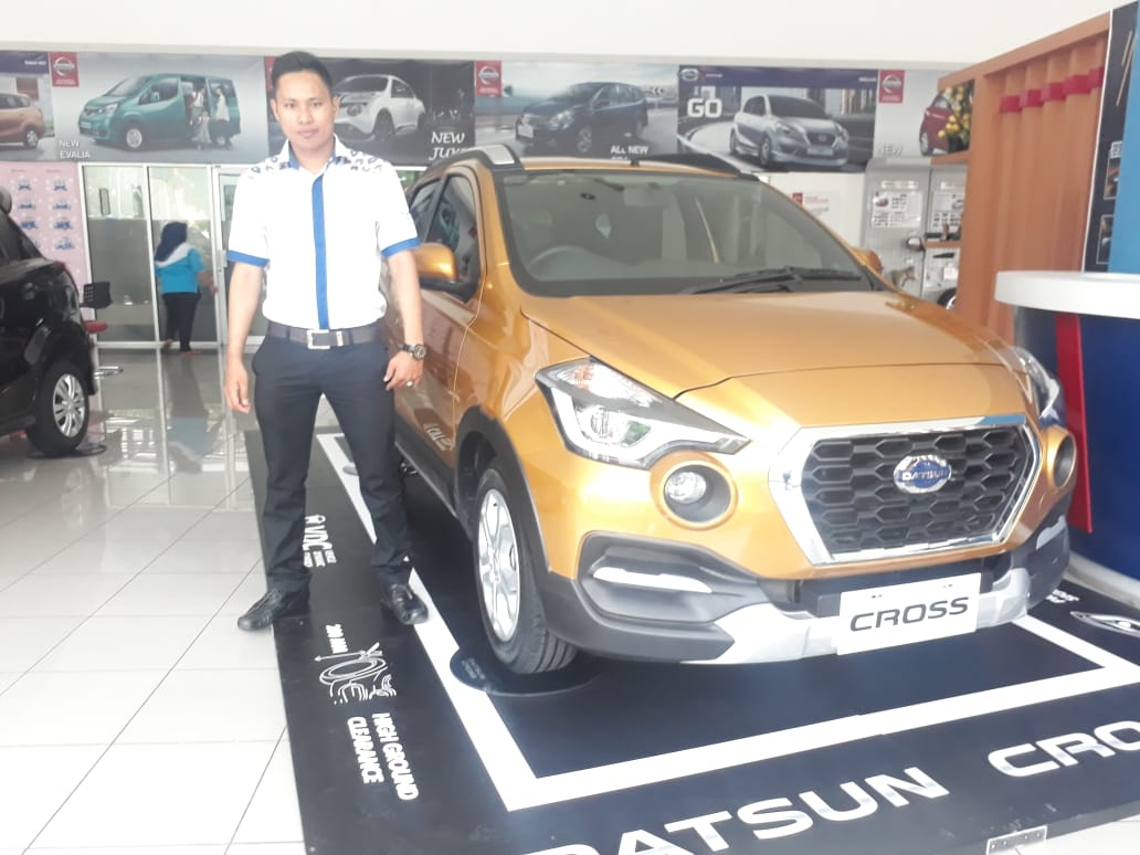 Sales Marketing Mobil Dealer Datsun Ridho