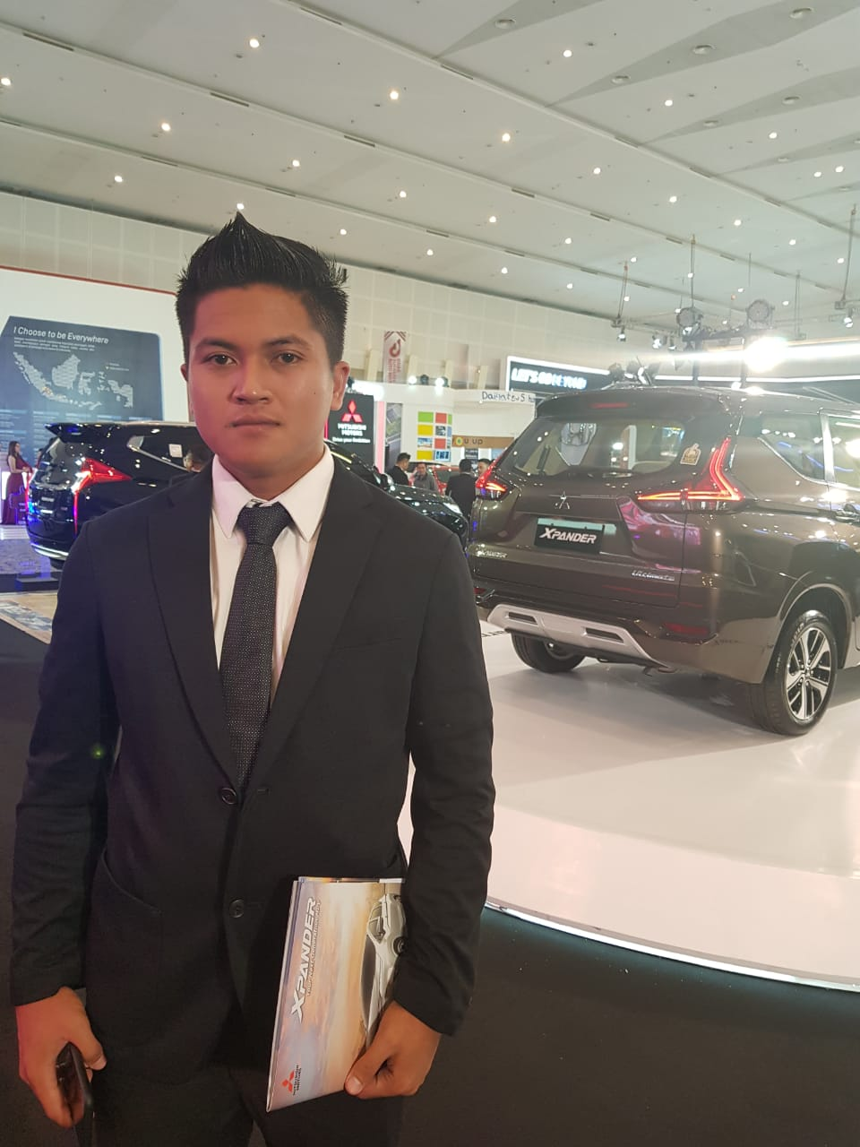 Sales Marketing Mobil Dealer Mitsubishi Danang