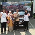 DO 4 Sales Marketing Mobil Dealer Wuling Diah