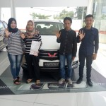 DO 4 Sales Marketing Mobil Dealer Wuling Nanda