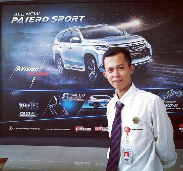 Sales Marketing Mobil Dealer Mitsubishi Afif