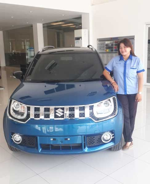 Sales Marketing Mobil Dealer Suzuki Rina