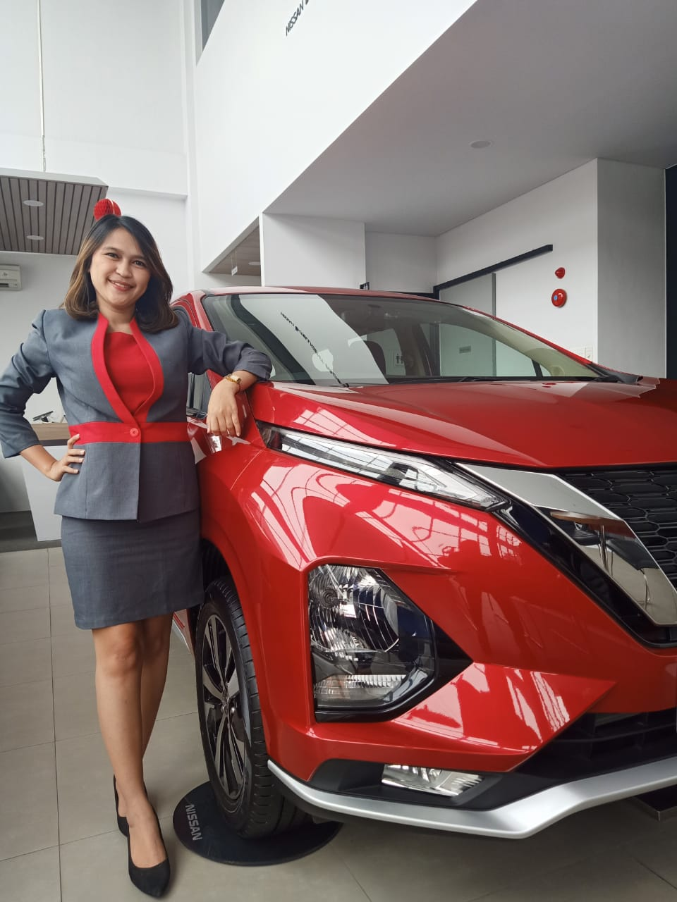 Sales Marketing Mobil Dealer Nissan Dilam