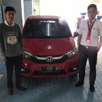DO 10 Sales Marketing Mobil Dealer Honda Decky