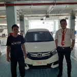 DO 11 Sales Marketing Mobil Dealer Honda Decky