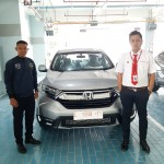 DO 5 Sales Marketing Mobil Dealer Honda Decky